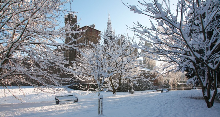 Cardiff Castle from Bute Park in the snow